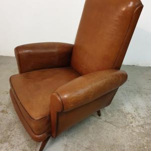 9 fauteuils cuir