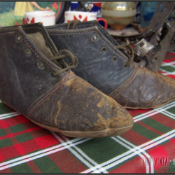 Chaussons anciens