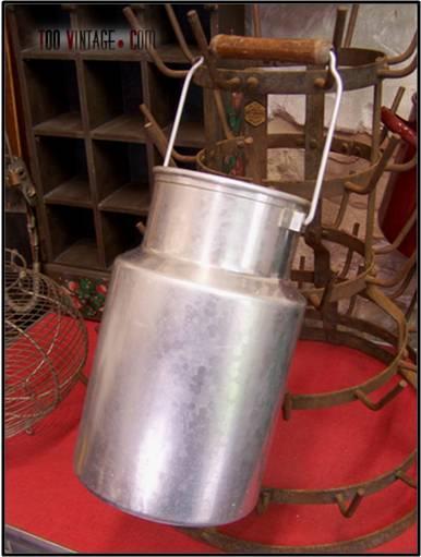 Ancien pot à lait