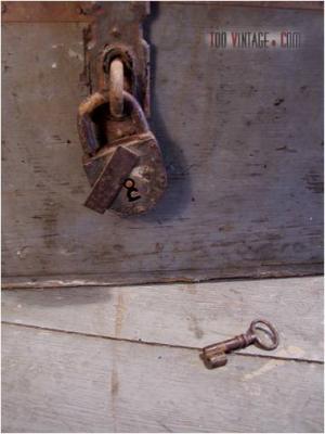 Ancien cadenas